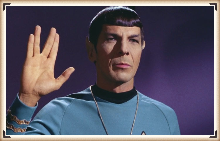 Image of Spock doing the Vulcan salute